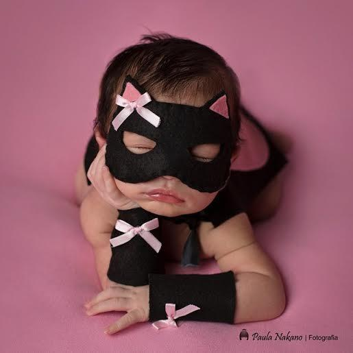 Conjunto Newborn Máscara e Capa de Herói - Mulher-Gata