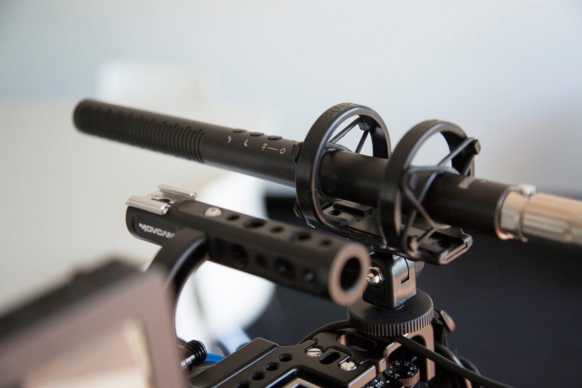 Microfone Rode NTG-4+ Shotgun Condensador Phantom