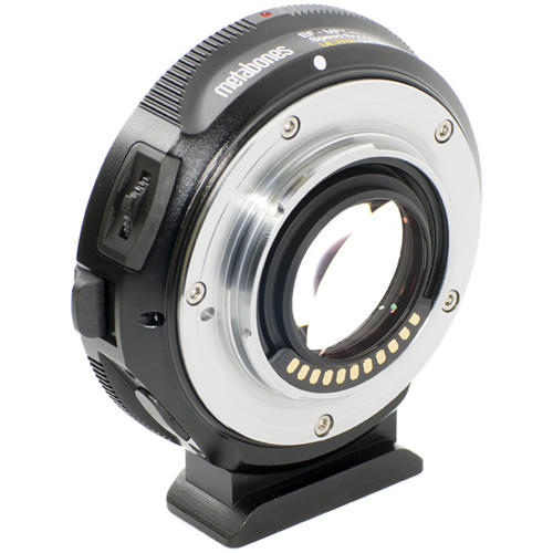 Adaptador Metabone de Lente Canon EF para Câmeras Micro 4/3 T (T-Mount) Speed Booster Ultra 0.71x